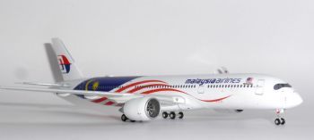 Airbus A350-900 Malaysia Airlines Gemini Jets Diecast Model Scale 1:400 GJMAS1721 E